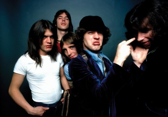 AC/DC сняли клип на песню Play Ball