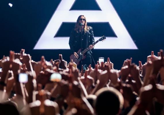 Рок-музыка: новинки лета 2016 г